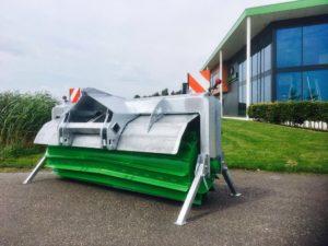 Zocon Greencutter met een werkbreedte 2750mm, ook ideaal als kuilverdichtingswals. Voor informatie kijk je op https://zonderland-machinehandel.nl
