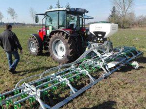 Zocon Greenkeeper kwalitatief hoogwaardige machines. Leverbaar met vele verschillende opties, kijk hiervoor op de website https://zonderland-machinehandel.nl